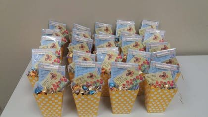 Friendship mini gift baskets